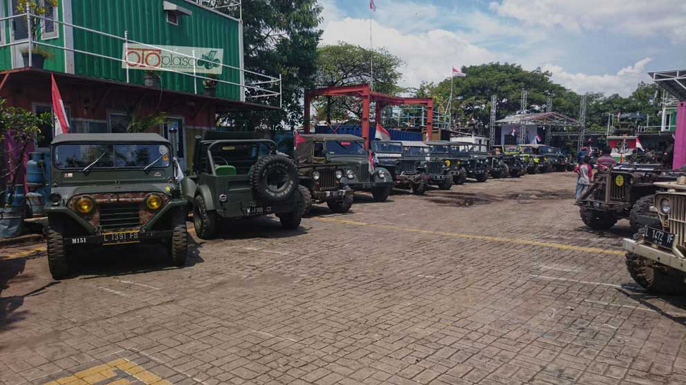 Jeep Club5 - Komunitas Jeep Surabaya Makin Eksis