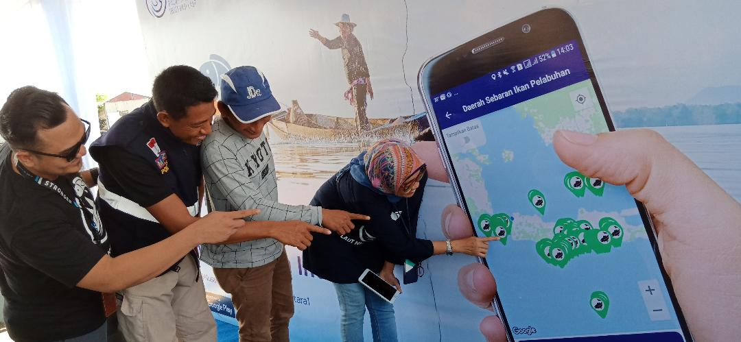 otoplasa.com – PT XL Axiata Tbk (XL Axiata) melanjutkan program sosialisasi  aplikasi Laut Nusantara kepada masyarakat nelayan Indonesia. e295b71b49